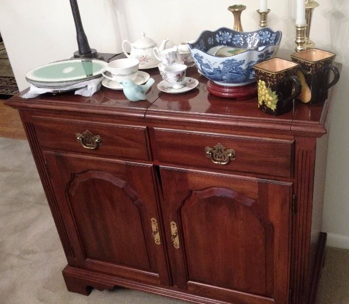 Dining Room Table w/5 Chairs, Matching China Cupboard, and Sideboard