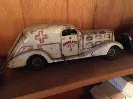 Marx Toys 1930's All White Pressed Tin Wind up Car