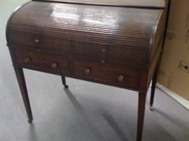 Antique Roll Top Desk $200