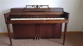 Wurlitzer Spinet Upright Piano (with bench - not shown) Serial#537791 has not been tuned recently. Asking $200.