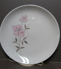 Taylorton Rose Sachet - china set includes plates/cups/saucers/serving items