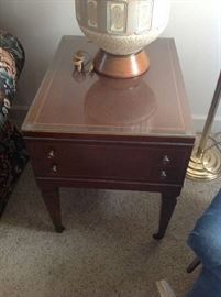Antique End Table $ 70.00