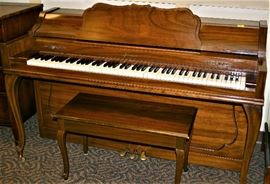 Aerosonic Piano w/Bench