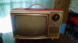 **RETRO*** VINTAGE ADMIRAL  60S RED PORTABLE TV