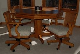 Peters Billiards Game Poker Table and Chairs