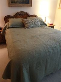 Stanley Queen Size Bed with Mattress & Boxspring