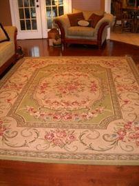 """oriental rug 9' 61/2"""" by 7'7"""""""