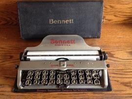 Rare circa 1908-1915 typewriter