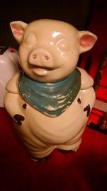 SMILEY PIG  COOKIE JAR