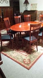 GORGEOUS WOOD FURNITURE ITEMS, CARPETS, LAMPS....EVERYTHING U NEED!!!