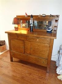 very  nice vintage oak buffet