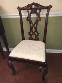 Beautiful Broyhill cherry dining room furniture from Haverty's--table, 6 chairs and buffet, all in excellent condition.