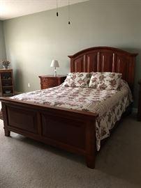 Broyhill Queen Bed