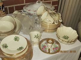 Lenox Christmas plates and cups/saucers