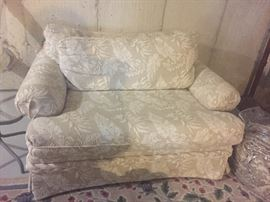 Oversize chair/loveseat $75*BUY IT NOW PAYPALL*