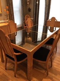 Henredon table (Includes two additional leaves and pads)