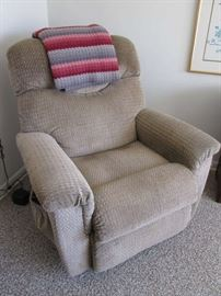 Lazy Boy Lift Chair