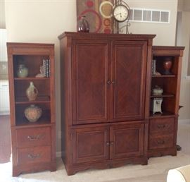 The side book shelves can be purchased with the unit or separately.