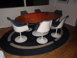 Knoll mid century modern, tulip set, shell chairs