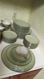 FRANCISCAN dinnerware - Complete for 9, and mostly for 12 settings