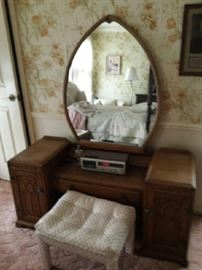 Antique vanity $300.00