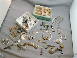 Assorted Costume & Fine Jewelry - gold rings, gold watch