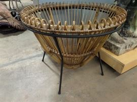 WICKER AND IRON STAND