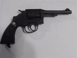Smith And Wesson 38 revolver CTG Ser 747649