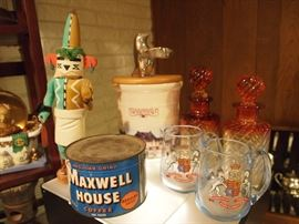 Unopened maxwell house can with Key! Longaberger canister w/ lid, Queen E cups