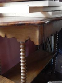 turned wood leg table