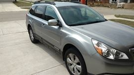 2011 Subaru Outback with 28,945 miles!  $$16,500 OBO 2.5I limited