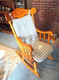 "Pressed Wood Rocking Chair With Seat Pad 24.5""W"