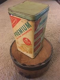 Original Nabisco Saltine Cracker Box