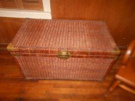 Wicker trunk