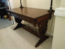 Antique Martha Washington Table