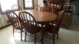 Kitchenette Table w/ 6 chairs