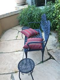 Outdoor Garden Black Bench with 2 garden decorative round end tables
