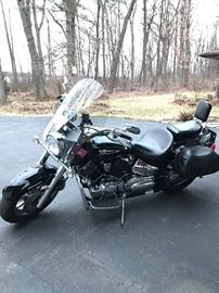 2007 Yamaha V star 1100 many upgrades excellent condition * BUY IT NOW PAYPALL.**$5,000