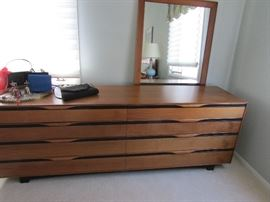 "Mid Century Modern Beautiful Dresser with mirror       83"" 1/4 long 20"" deep and 29"" 1/2 height"