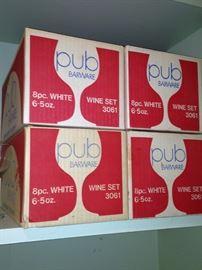 New Pub wine sets