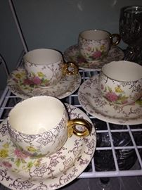 Royal China with warranted 22 KT gold