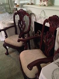 Host and hostess chairs for the dining table