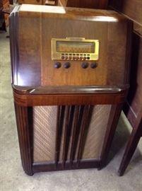 Vintage Filco Radio