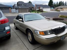 2000 Grand Marquis LS, leather interior, keyless entry, Top of Line, V8. 84,400 miles. VIN to come. Good condition, well maintained. This will be a PRE-SALE item. Call if interested. $3,999