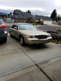 2000 Grand Marquis LS, leather interior, keyless entry, Top of Line, V8. FD. 84,400 miles. VIN 2MEFM75W5YX712813. Good condition, well maintained. More details to come. This will be a PRE-SALE item. Call if interested. $3,999.