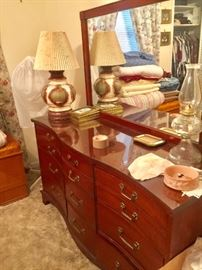 Beautiful Dresser in Excellent  Condition