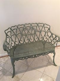 Metal garden/patio bench