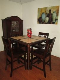 Lovely Pub Style Table with 4 Chairs