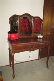 Dressing Table with Tri-Fold Mirror