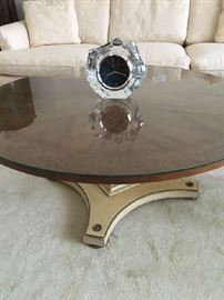 Pedestal coffee table